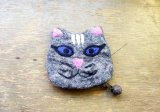 バッグ:ネパールフェルト猫ポーチ  グレー