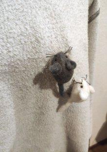 他の写真3: ネズミブローチ