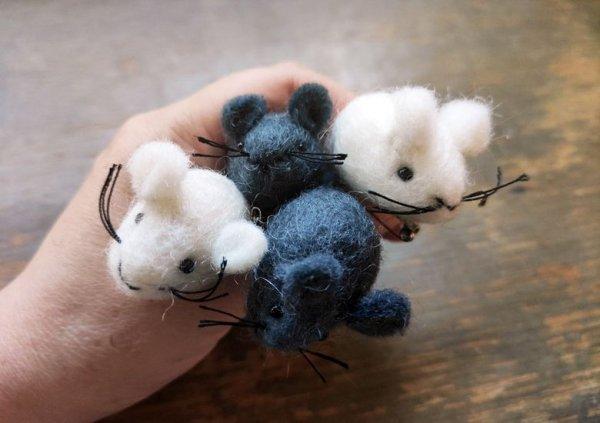 画像1: ネズミブローチ