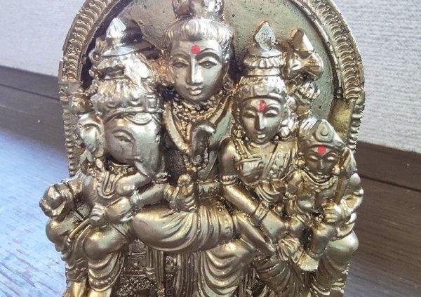 画像2: レジンのヒンズー神<シヴァファミリー像>